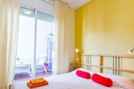 Barcelona, Spanje Appartement #SOF372BR