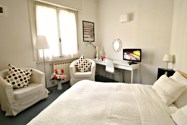 Florence Vacation Rental 2 Bedroom WIFI Ponte Vecchio