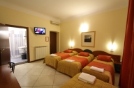 Milan, Italia Apartamento #100MLbb