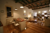 Rome Apartment #225e