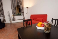 Rome Vacation Apartment Rentals, #529: 1 bedroom, 1 bath, sleeps 5