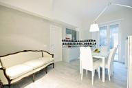 Rome, Italie Appartement #656zRome