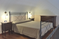 Cefalu Vacation Apartment Rentals, #101bCefalu: studio bedroom, 1 bath, sleeps 2