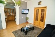 Chisinau Vacation Apartment Rentals, #100Chisinau: 2 Schlafzimmer, 1 Bad, platz 6