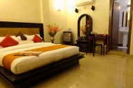 Delhi Vacation Apartment Rentals, #SOF147NDR: 5 camera, 4 bagno, Posti letto 10