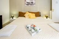 Lecce Vacation Apartment Rentals, #101Lecce: 2 Schlafzimmer, 1 Bad, platz 5