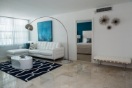 Miami Vacation Apartment Rentals, #100cMiami: 2 bedroom, 2 bath, sleeps 7