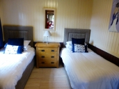 Cities Reference Apartment picture #100NewtonStewart