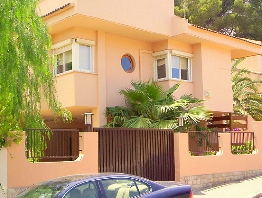 Palma de mallorca casa vacanza 7 camera internet for Affitti appartamenti barcellona spagna