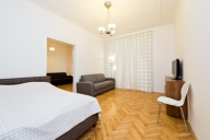 Prague Vacation Apartment Rentals, #106Prague: 1 bedroom, 1 bath, sleeps 8