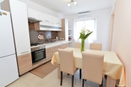 Pula Vacation Apartment Rentals, #101dPula: 2 Schlafzimmer, 1 Bad, platz 4
