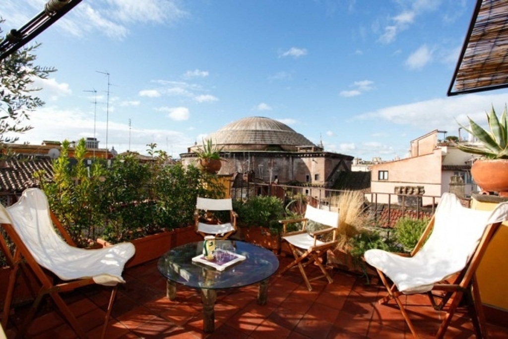 Rome Vacation Rental: 1 bedroom, WIFI, Pantheon. Apartment ...