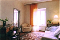 Rome Vacation Apartment Rentals, #153: 2 bedroom, 1 bath, sleeps 4
