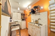 Rome Vacation Apartment Rentals, #319g: studio bedroom, 1 bath, sleeps 2