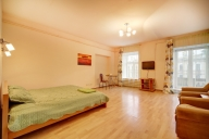 Saint Petersburg Vacation Apartment Rentals, #100aSaintPetersburg: Dormitorio Estudio, 1 Bano, huèspedes 4