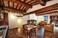Urbino Vacation Apartment Rentals, #100hMontefeltro: 2 camera, 1 bagno, Posti letto 4