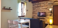 Verona Vacation Apartment Rentals, #100Verona: 2 bedroom, 1 bath, sleeps 6