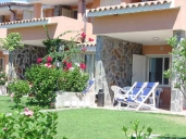 Villasimius Vacation Apartment Rentals, #100aVillasimius: 2 bedroom, 1 bath, sleeps 7